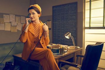 Official Still of Alison Wright as Pauline, FX